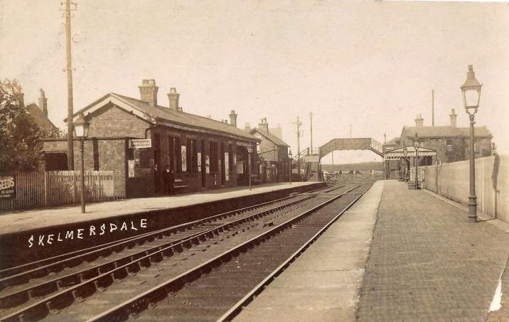 Skelmersdale railway station circa 1914, © Wragg, Ormskirk